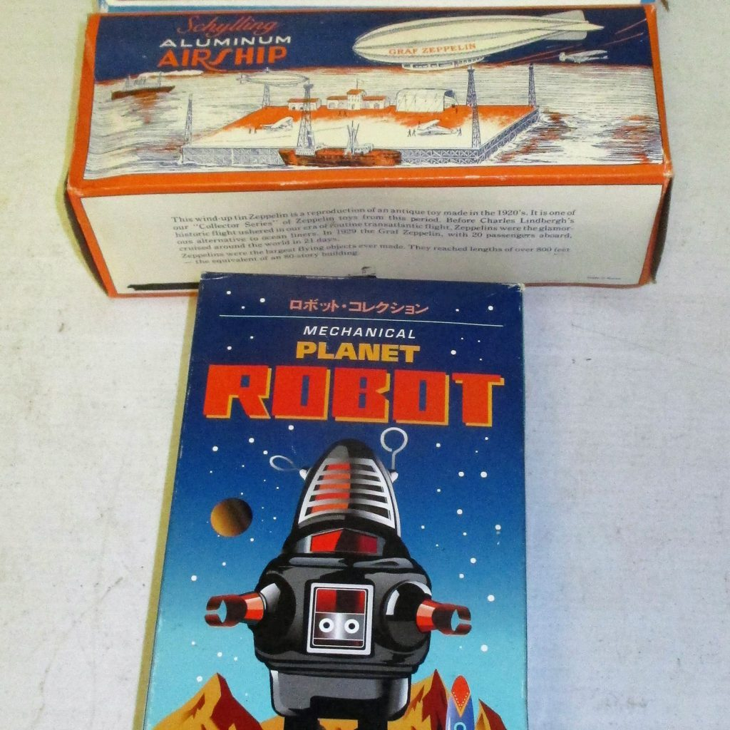 195: Train, Zepplin And Robot Toys