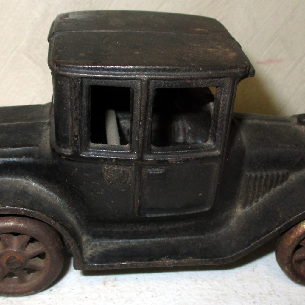 222: Cast Iron Arcade Car (some Damage)