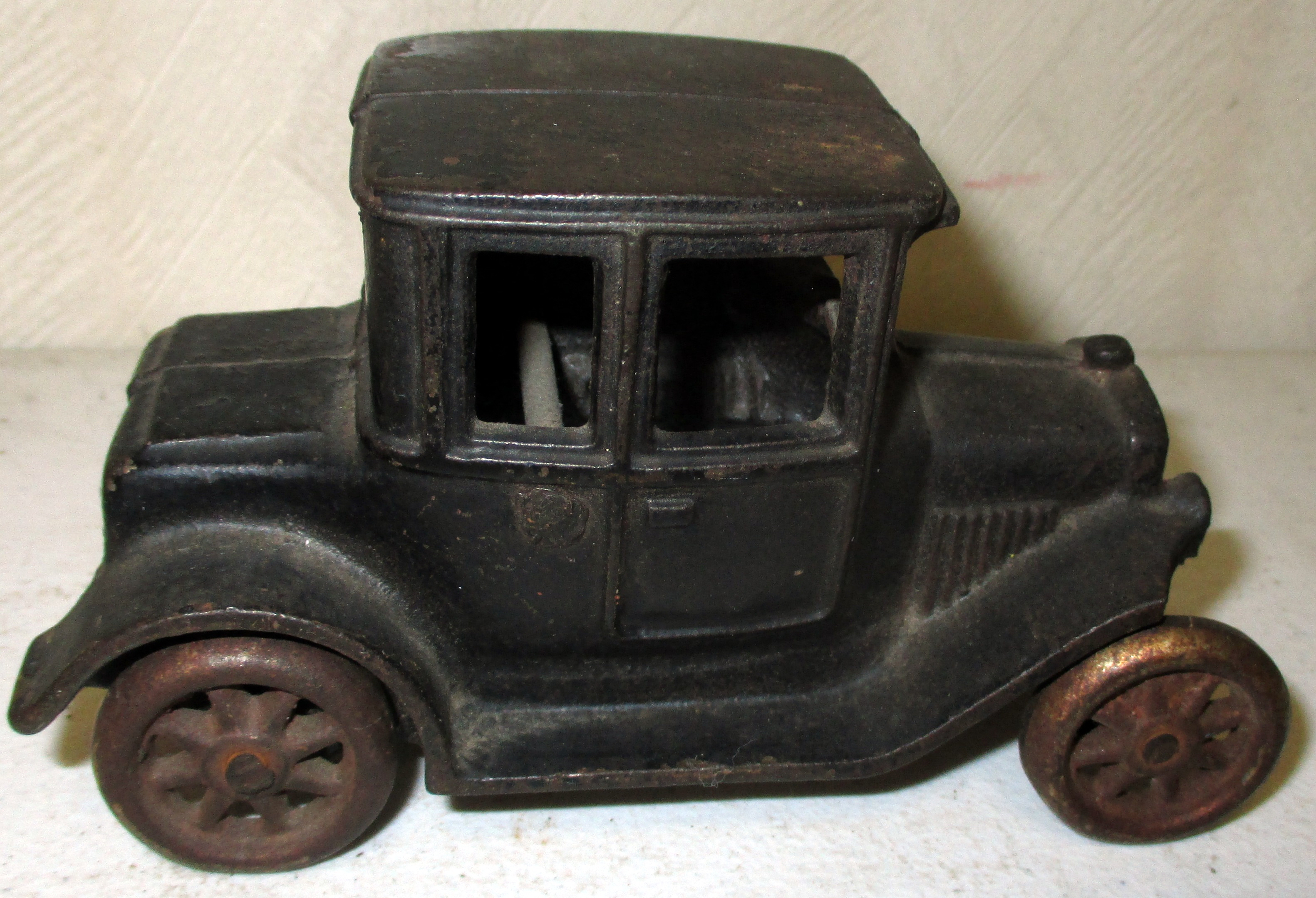 New Year's Day Auction – Advertising, Collectibles, Toys, Coins And More! – Starting At 9:00AM