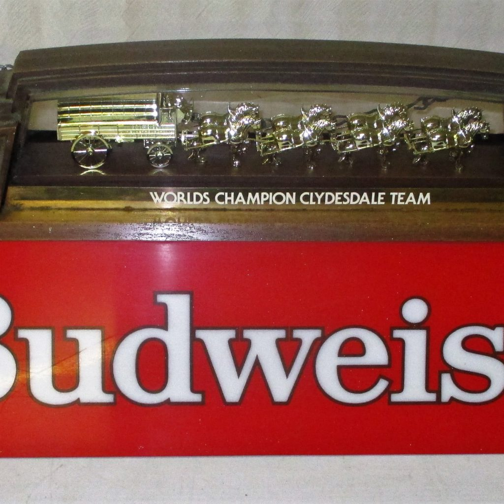 103: Budweiser Pool Table Light