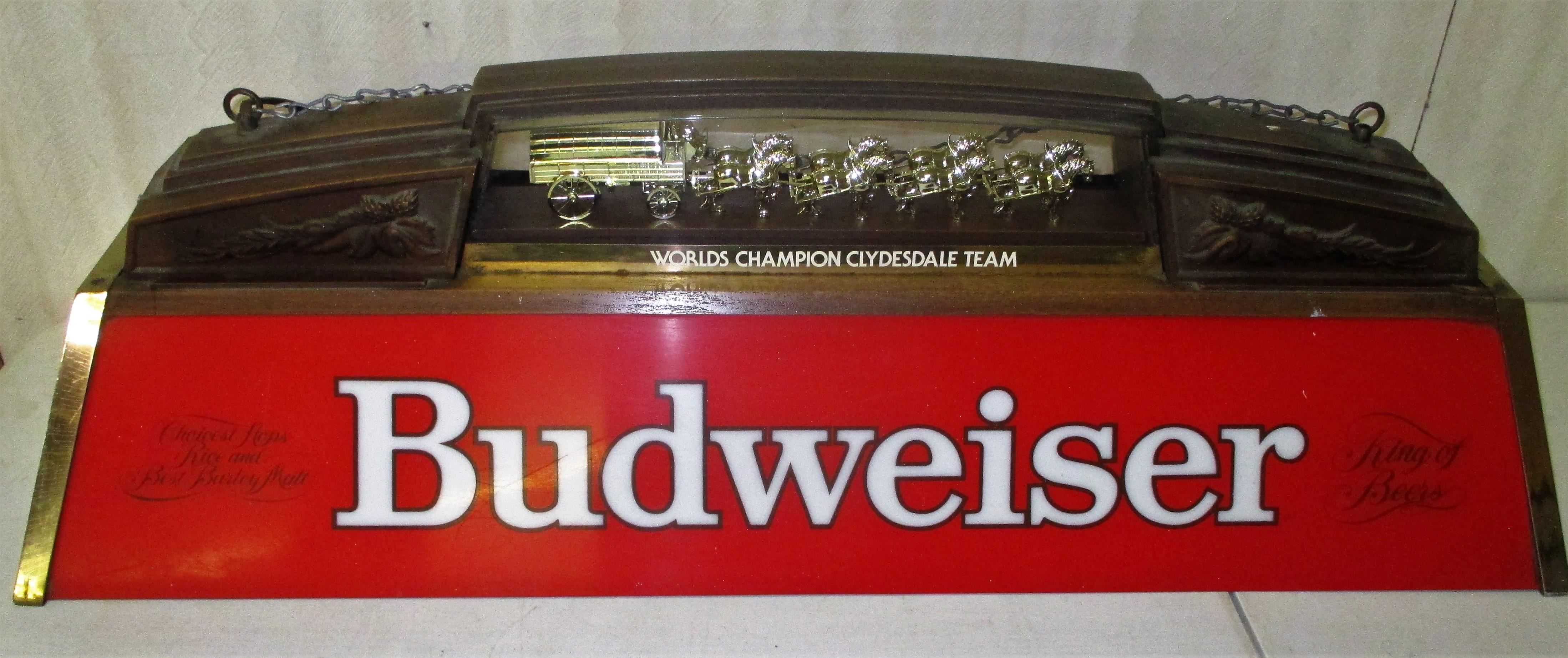 103: Budweiser Pool Table Light