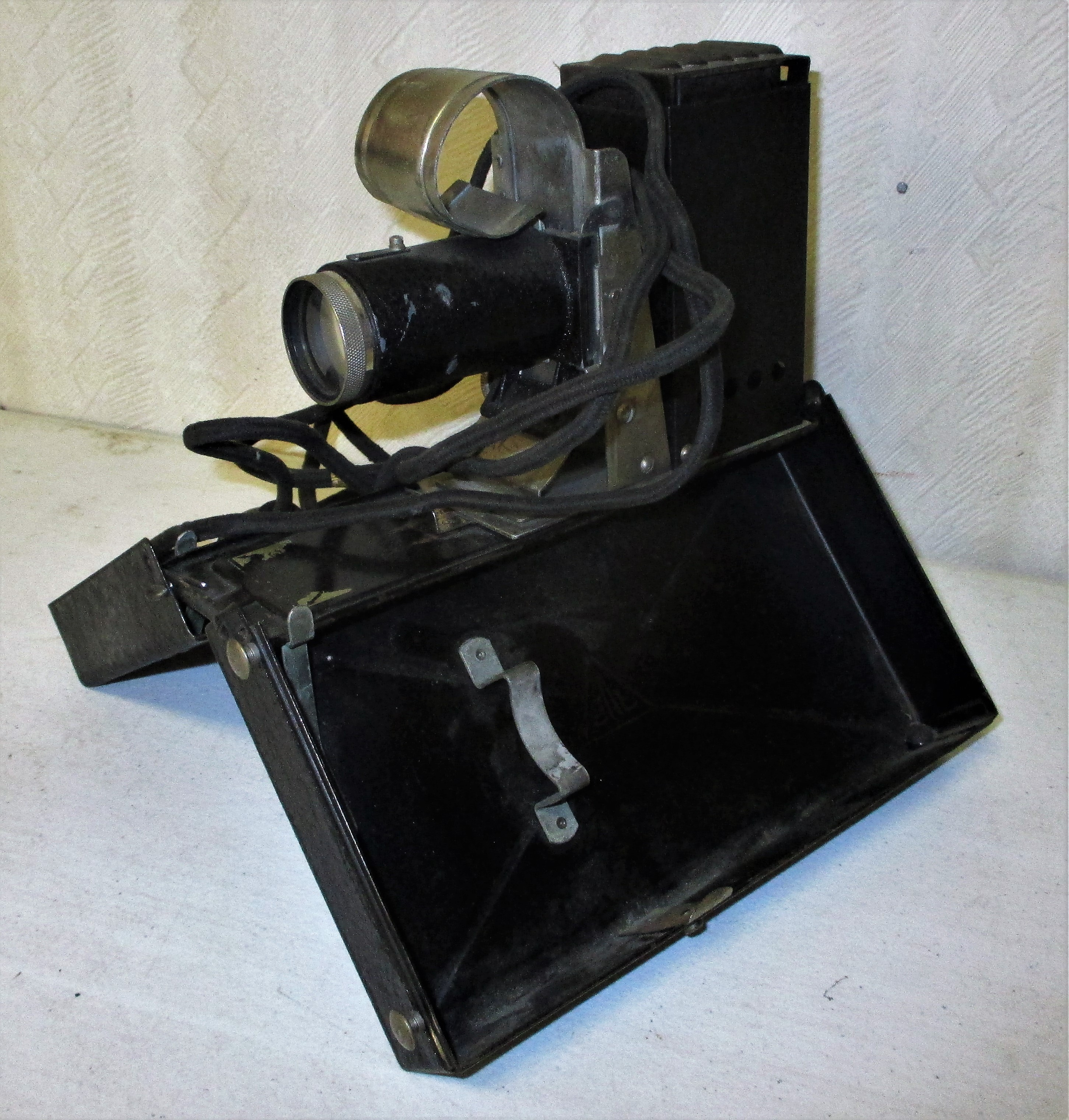 109: Society For Education Picture Projector