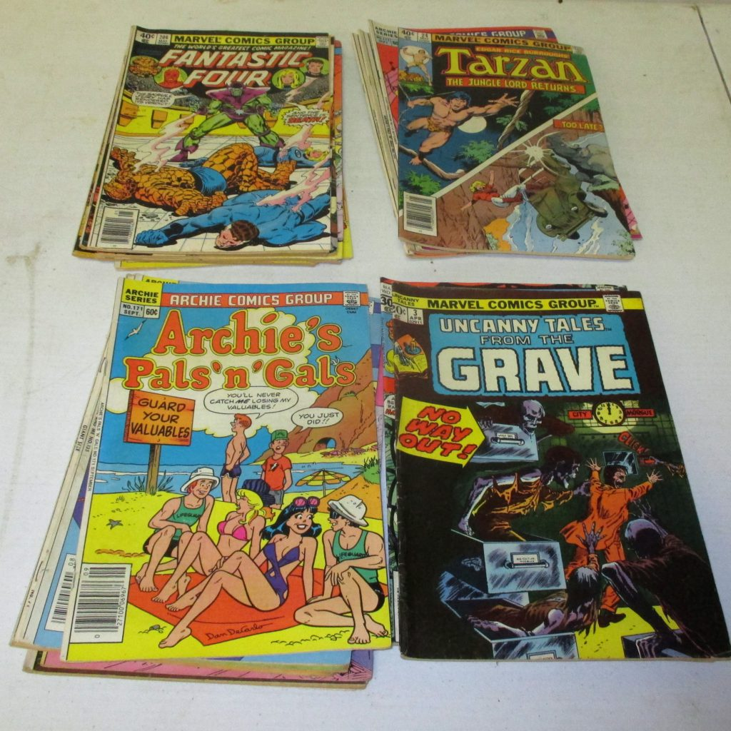 113: (24) Comic Books