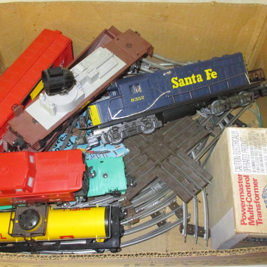 126: Lionel Train With Track