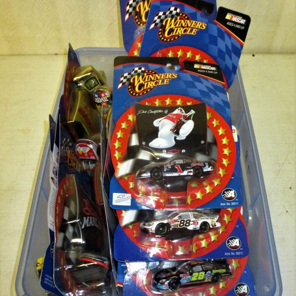 164: Winner's Circle Diecast Car Lot