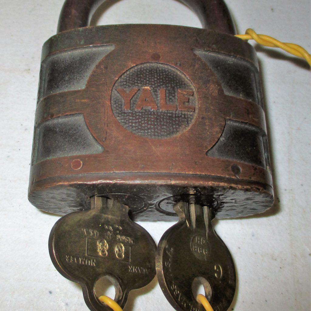 63: Yale Bicentric Padlock W/keys