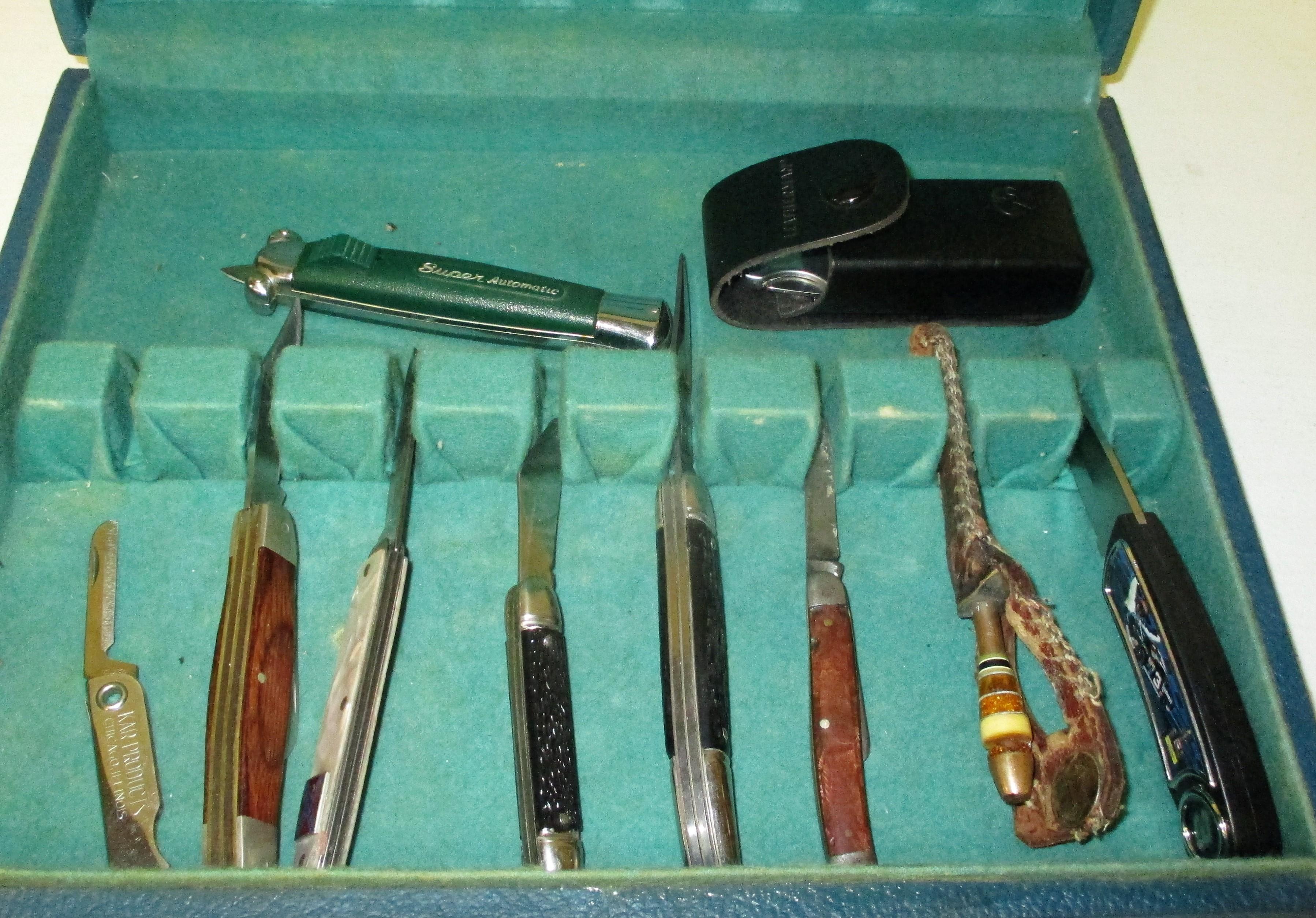 82: Pocket Knives