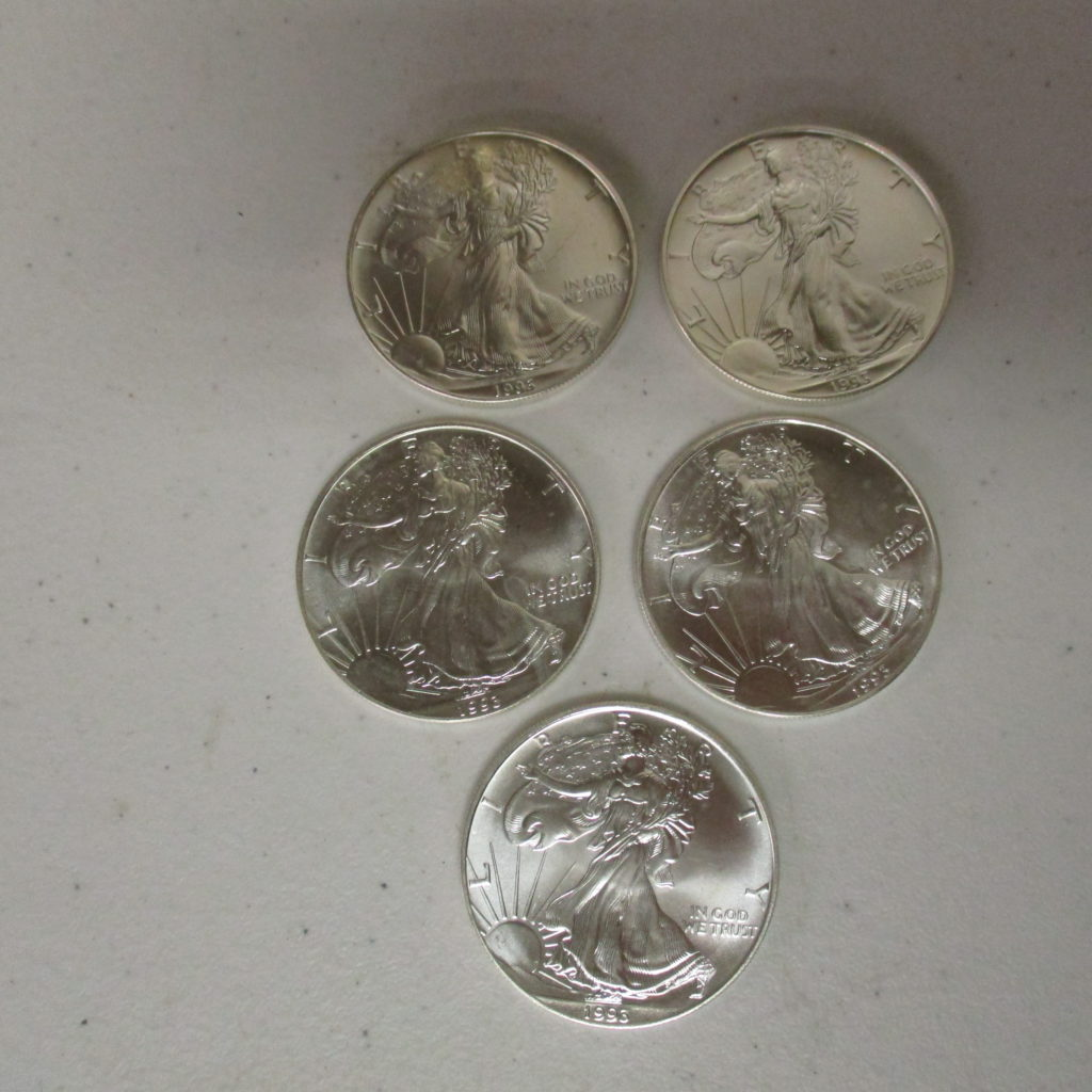 Lot 1:  (5) Silver Eagles (by The Piece Take 5)