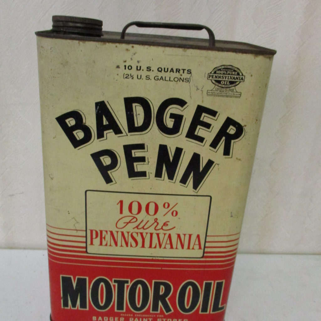 Lot 109: 2.5 Gal Badger Penn Motor Oil Can