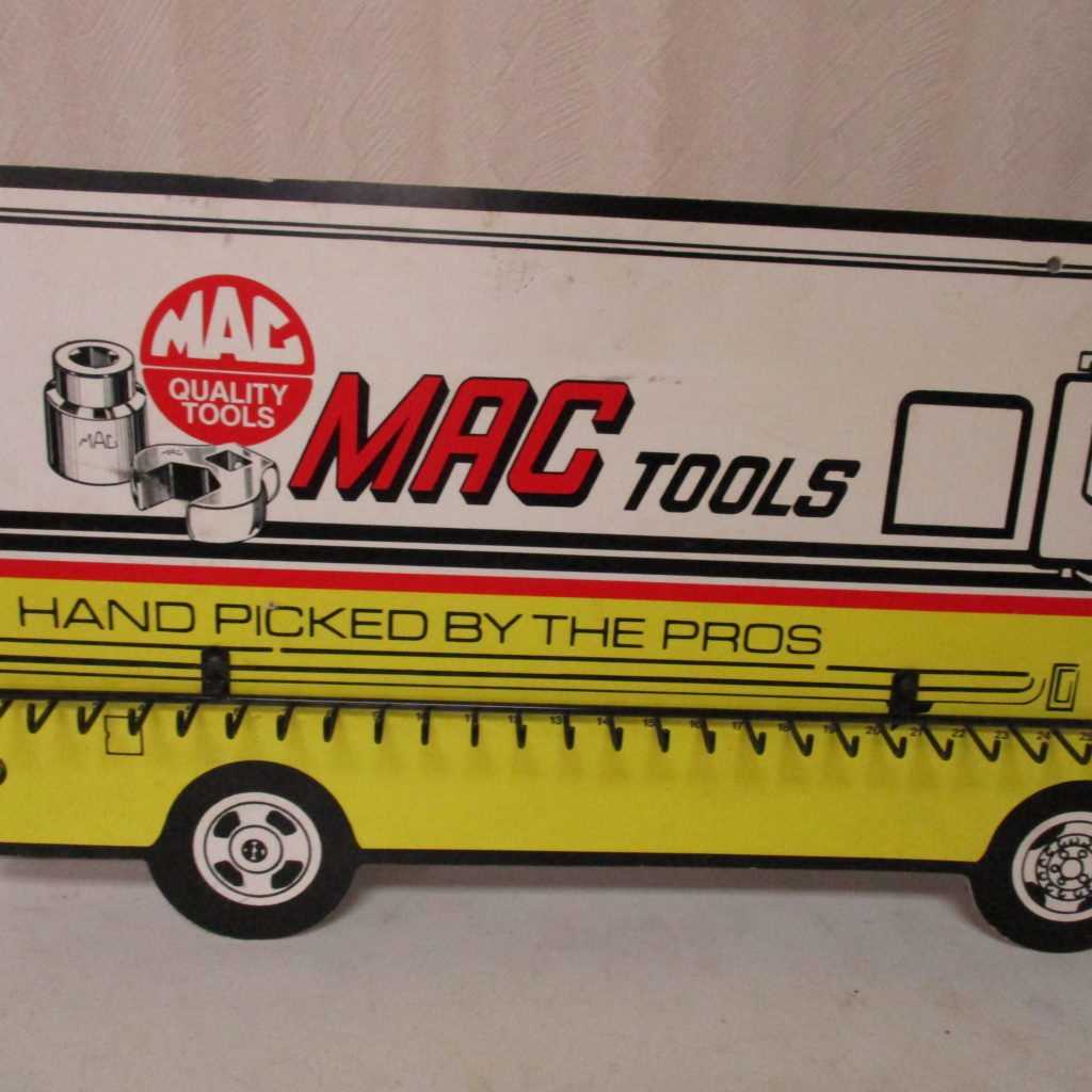 Lot 114: MAC Tools Display