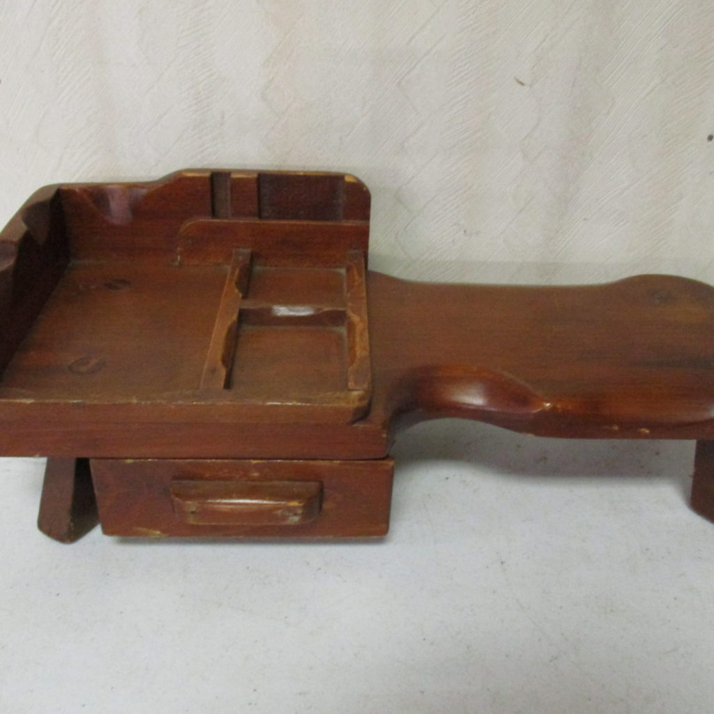 Lot 180: Salesman's Sample - Cobbler's Bench