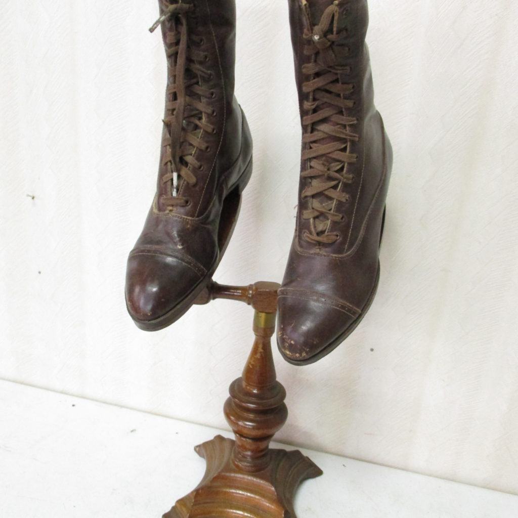 Lot 203: Country Store Shoe Display