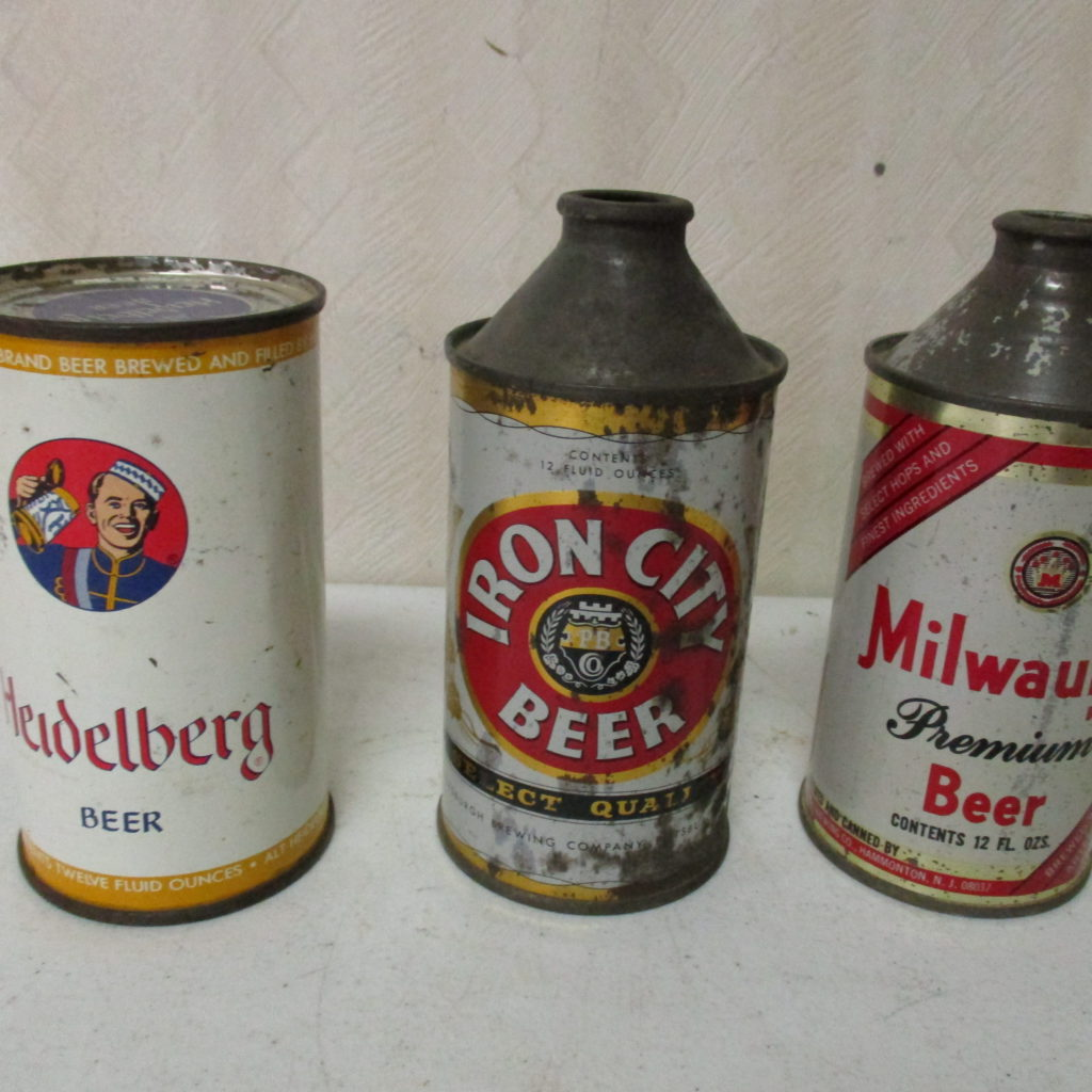 Lot 220: IC, Milwaulkee And Heidelberg Beer Cans