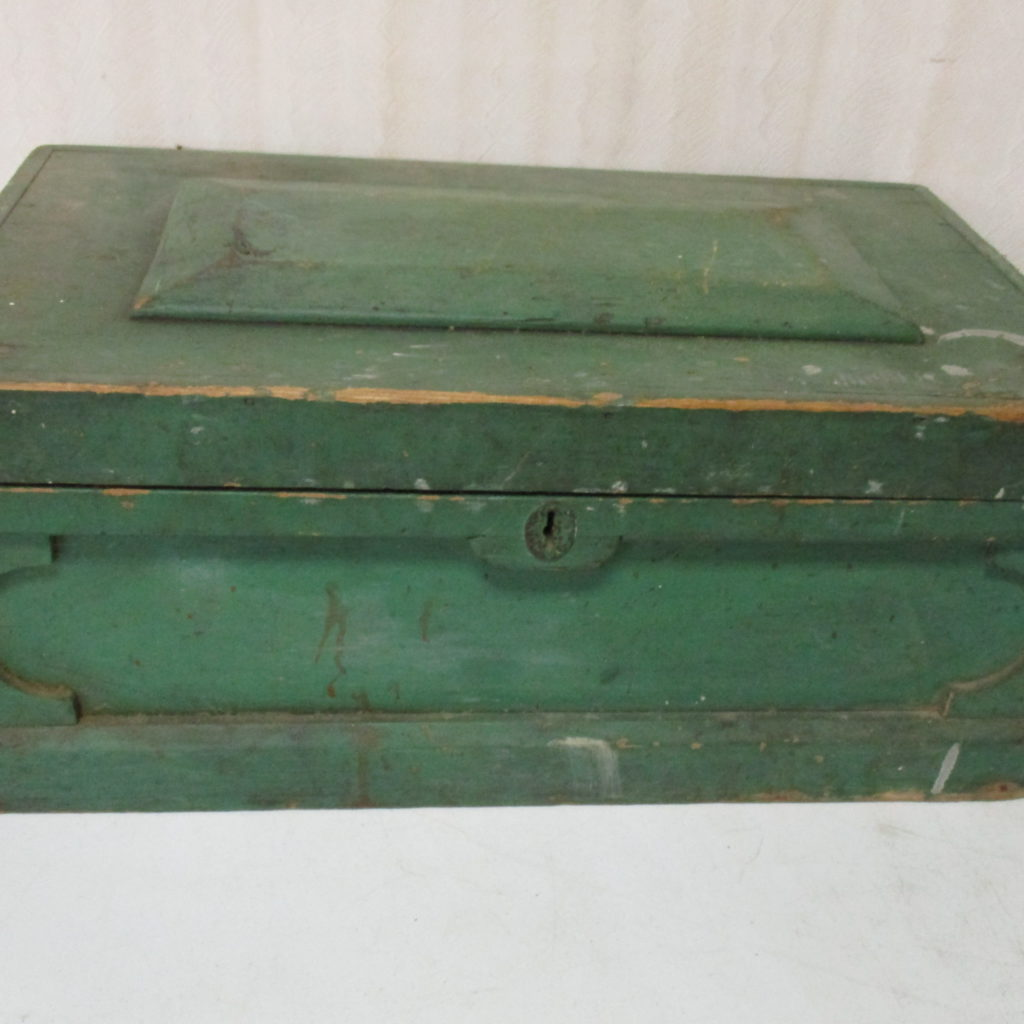 Lot 239: Small Carpender's Chest