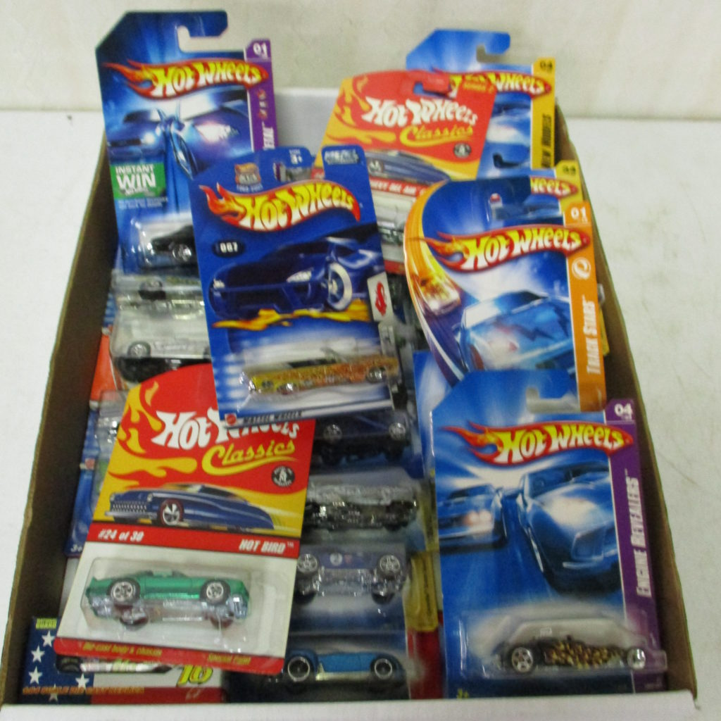 Lot 248: Hot Wheels Lot On Card