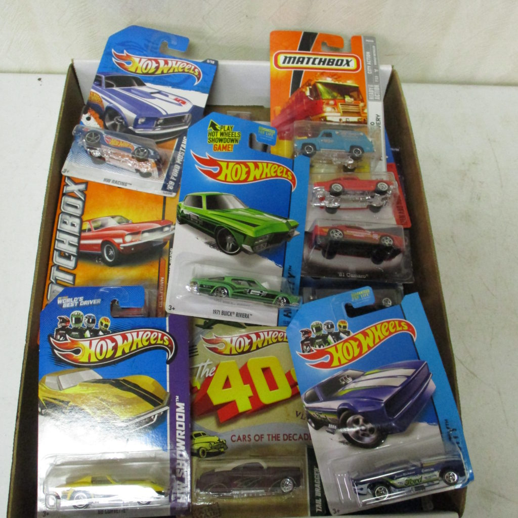 Lot 250: Hot Wheels On Card Lot