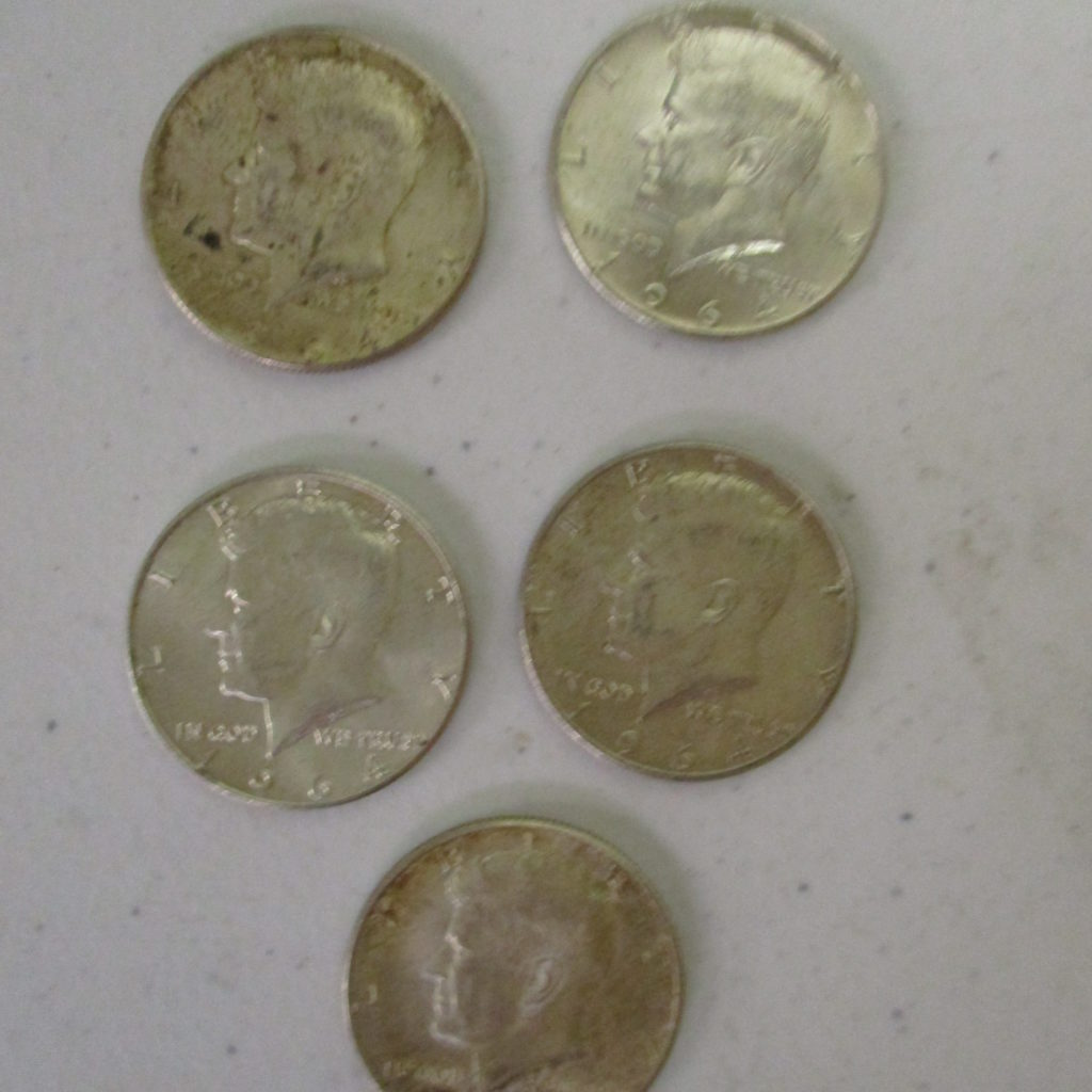 Lot 34: (5) 1964 Kennedy 1/2 Dollars (by The Piece, Take 5)