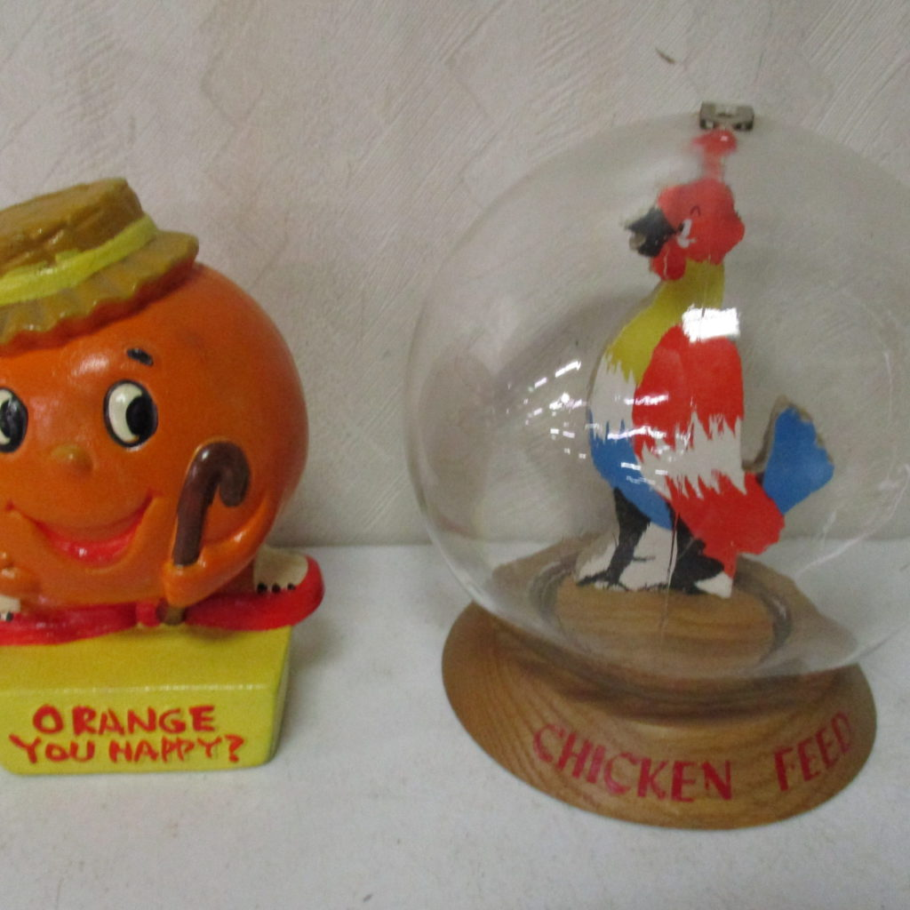 Lot 92: Chicken Feed And Orange Banks